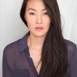 ELIZABETH ANWIES. Comparsa finora in piccoli ruoli in film (Southland, Il fidanzato di mia sorella) e serie tv (Parks and Recreation, Grey's Anatomy, Law & Order: Los Angeles, Hung - Ragazzo squillo).