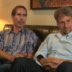 SCOTT CAMERON. Primo assistente alla regia in 15 episodi delle prime due stagioni di Twin Peaks, ma anche in Mulholland Drive e Strade Perdute, non ha mai recitato. Perciò non sono sicuro di quale dei due si tratti nella foto presa da un backstage (l'altro è Robert Nellans, altro assistente alla regia)