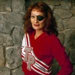 WENDY ROBIE. E poi c'è lei, Nadine Hurley, altra icona, tra i personaggi più bizzarri della serie.  Il caso le ha volute vicine di cognome nel cast. Speriamo che le sue guide silenziose per tende abbiano sfondato