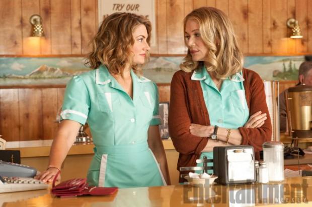 Mädchen Amick (Shelly Johnson ) e Peggy Lipton (Norma Jennings) al Double R